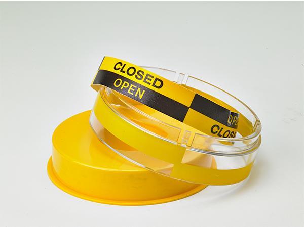 Westlock 2600 Series Black & Yellow Beacon